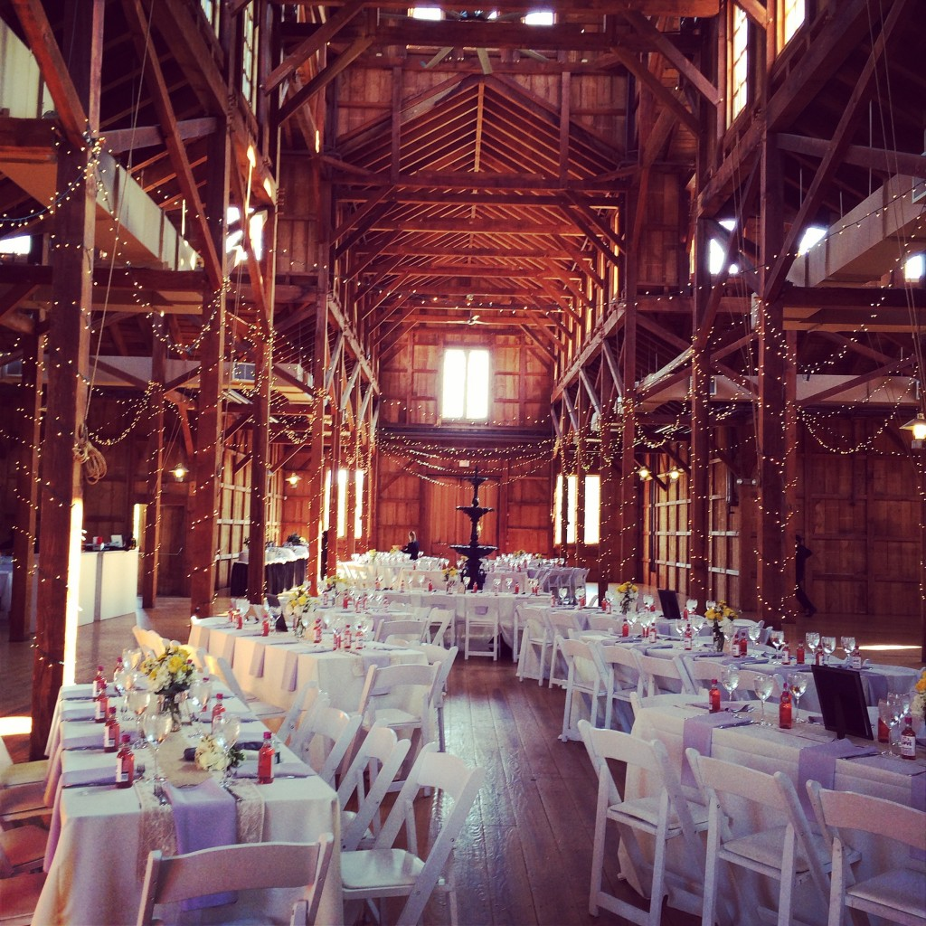 Unique Wedding Venues Long Island Ny: The Barn At Old Bethpage